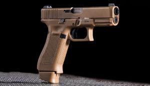 Lövészet Glock 19 X típusú fegyverrel
