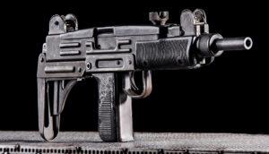 Érménylövészet UZI KOL Arms típusú fegyverrel