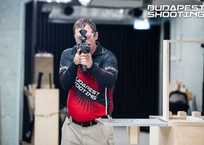 budapest_shooting_instructor