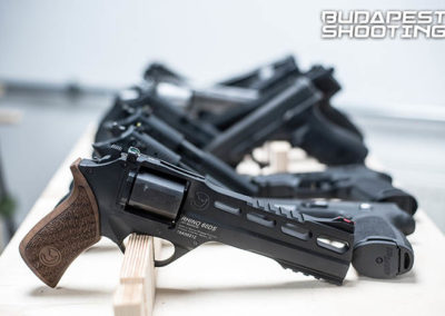 budapest_shooting_revolver