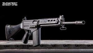 Lövészet FN FAl típusú fegyverrel Budapesten