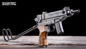 Élménylövészet Scorpion VZ61 típusú fegyverrel